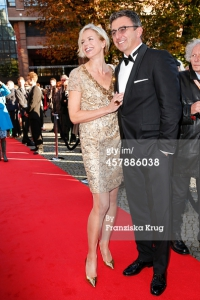 MUNICH, GERMANY - OCTOBER 26: Susanne Sigl and Hans Sigl attend the ECHO Klassik 2014 on October 26, 2014 in Munich, Germany. (Photo Franziska Krug/Getty Images)